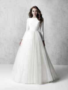 Boho Wedding Dress With Sleeves, Wedding Dress Types, How To Dress For A Wedding, Long Sleeve Wedding, Dream Wedding Dresses, Modest Wedding Dresses With Sleeves, Kleinfeld Wedding Dresses, Sleeved Wedding Dresses, Ball Gown Wedding Dresses