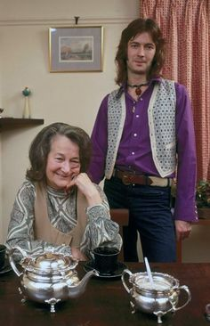 Eric Clapton with Rose Clap, his grandmother who raised him. Guitar Tips, Guitar Lessons, Eric Clapton Son, Open Instagram Account, Rock & Pop, The Yardbirds, Classic Rock And Roll, Best Guitar Players, Guitar For Beginners