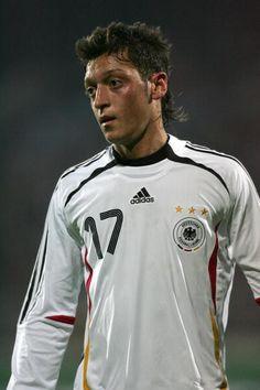 A long time ago. Lukas Podolski, Philipp Lahm, Mario Gomez, Bastian Schweinsteiger, Toni Kroos, Arsenal Fc, Long Time Ago, Football Players, Real Madrid
