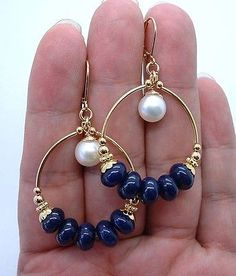 Dangling Blue Lapis Lazuli W. White Fwp Gold Hoop Earring Source by kirialopes Bar Stud Earrings, Gold Hoop Earrings, Bridal Earrings, Crystal Earrings, Beaded Earrings, Wire Jewelry, Beaded Jewelry, Jewelery, Handmade Jewelry