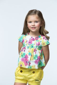 blusas niña 2015 - Buscar con Google Outfits Niños, Kids Outfits, Baby Girl Dresses, Baby Dress, Little Girl Outfits, Chor, Sewing For Kids, Kids Wear, Cute Kids