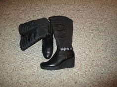 Women's Black Unisa Boots size 10M #Unisa #SnowWinterBoots