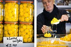 delicious. neemt komende maand een herboren klassieker onder de loep: inmaken! Met vandaag Amsterdamse uitjes Traditional Dutch Recipes, Tapas, Canning Recipes, What To Cook, Preserves, Pickles, Food To Make, Food And Drink, Favorite Recipes