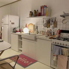 Craftsman Home Interior Home Decor Kitchen, Kitchen Interior, Room Interior, Kitchen Design, Interior Plants, Interior Lighting, Small Apartment Interior, Dream Apartment, Aesthetic Room Decor