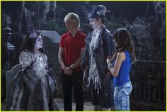 "Austin, Trish and Dez can't get enough from scaring Ally in this exclusive clip from Austin & Ally. In ""Horror Stories & Halloween Scares"""