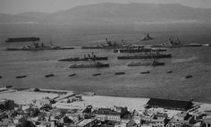Royal Navy warships at Gibraltar in the early the battlecruisers HMS Renown, Repulse and Tiger at the Detached Mole, the aircraft carrier HMS Argus anchored out in the Bay and some cruisers and destroyers anchored in the harbour. Uk Navy, Royal Navy, British Aircraft Carrier, Navy Base, Nautical Art, Historical Pictures, Wwii, Paris Skyline, Britain