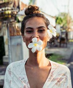 Sun + Floral Kissed // @BillabongWomens
