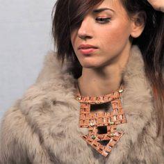 Κολιέ βέλος croco Crocodile, Arrow Necklace, Crochet Necklace, Chokers, Leather, Jewelry, Fashion, Moda, Crocodiles