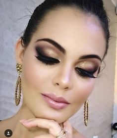 Spectaculaire grimage inspo note are readily available on our voisinage. Have a habitus and you wi. - grimage inspo note are readily available. Perfect Makeup, Cute Makeup, Glam Makeup, Party Makeup, Makeup Inspo, Bridal Makeup, Makeup Art, Wedding Makeup, Makeup Tips