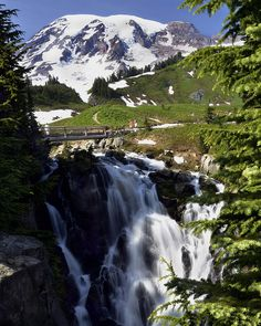 12 easy waterfalls for hiking with kids in Western Washington (including Olympic pa.)