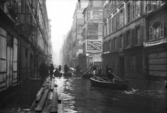 1910 Great Flood of Paris: Rue de Seine