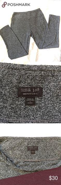 """J Jill Wearever Collection Gray Pants Sz S Petite J Jill Wearever Collection Smooth-Fit Slim Leg Size S Petite. Gray Speckled Knit Pants.   These pants are soft and comfortable enough to lounge around in or stylish enough to wear them to the office.   The are in great condition and don't have any flaws.   The outer seam measures 38"""", the inner seam measures 28"""" and the waist measures 15"""" flat across. J. Jill Pants Skinny"""