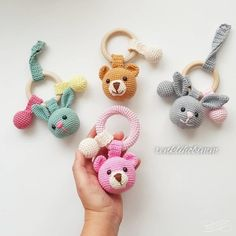 2019 All Best Amigurumi Crochet Patterns - Amigurumi Free Pattern The most admired amigurumi crochet toy models in 2019 are waiting for you in this article. The most beautiful amigurumi toy patterns are all on this site.Baby crochet teethers and paci Crochet Baby Toys, Crochet Patterns Amigurumi, Amigurumi Doll, Crochet Animals, Crochet Dolls, Free Crochet, Amigurumi Tutorial, Crochet Bunny, Crochet Handbags