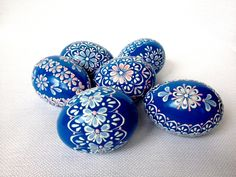 Set of 6 Blue Hand Decorated Colours Painted by VeryAndVery eggs wax Set of 6 Blue Hand Decorated Colours Painted Chicken Easter Egg, Traditional Slavic Wax Pinhead Chicken Egg, Kraslice, Pysanka Easter Egg Designs, Ukrainian Easter Eggs, Coloring Easter Eggs, Chicken Eggs, Blue Chicken, Egg Art, Egg Decorating, Easter Crafts, Happy Easter