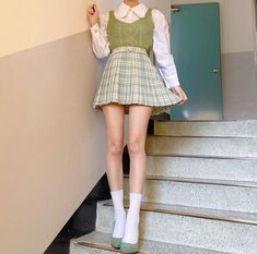 Girly Outfits, Retro Outfits, Chic Outfits, Trendy Outfits, Fashion Outfits, Girl Fashion, Korean Outfit Street Styles, Korean Outfits, Ulzzang Fashion