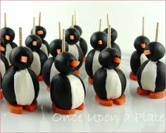 Food for penguin party penguin-polar-bear-party (Healthy-food part)