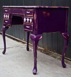 I really dislike the color purple, but I would use this.