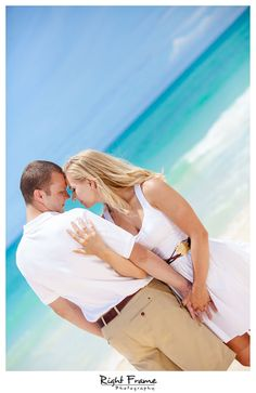 www.rightframe.net – Oahu Engagement photography at Waimanalo Beach. Honolulu, Hawaii, portrait, portraits, ideas, idea, waikiki, hawaiian , couple, couples, photo, pictures, photos, pose, holiday, vacation, poses, posing, portraits, session, fun, wedding, bride, groom, trash the dress, proposal, anniversary, surprise, blue, ring, ocean, beach, turquoise, happy, smiling, water.