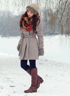 Manali manali winter outfits, winter fashion y snow outfit Winter Outfits For Work, Winter Outfits Women, Winter Fashion Outfits, Autumn Winter Fashion, Fall Outfits, Snow Fashion, Fashion Ideas, City Fashion, Fur Fashion