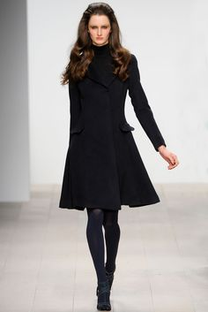 Issa - Fall 2012 Ready-to-Wear