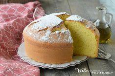 TORTA CON OLIO EXTRA VERGINE DI OLIVA e acqua, una torta alta, soffice e leggera, con pochi grassi e che tutti possono mangiare