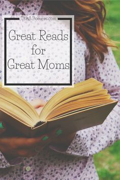 A Happier Mom With These 4 Books Books that every mom should read that will enhance her life.Books that every mom should read that will enhance her life. Books For Moms, Good Books, Books To Read, Best Parenting Books, Parenting Hacks, Parenting Classes, Parenting Ideas, Parenting Styles, Parenting Quotes