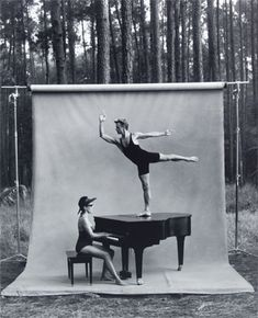 Annie Leibovitz used a portable background stand for some of her shots of Mikhail Baryshnikov's White Oak Dance Project.