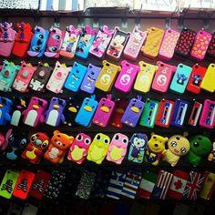 se eu tivesse um iphone 4, ninguém ia me segurar, ia comprar toda capinha que eu visse *_*