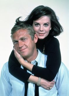 Love with the Proper Stranger Natalie Wood (Angie Rossini) and Steve McQueen (Rocky Papasano) Turner Classic Movies, Classic Movie Stars, Natalie Wood, Old Hollywood Stars, Classic Hollywood, Steeve Mcqueen, Steve Mcqueen Style, Actrices Hollywood, Movie Photo