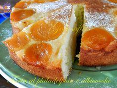 Torta soffice al philadelphia e albicocche, un dolce morbido e delizioso, perfetto per la prima colazione!