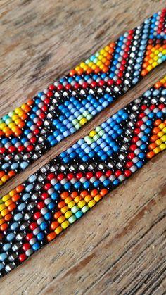 off loom beading Loom Bracelet Patterns, Beaded Earrings Patterns, Bead Loom Bracelets, Bead Crochet Patterns, Beading Patterns, Beading Ideas, Seed Bead Art, Beaded Hat Bands, Loom Beading