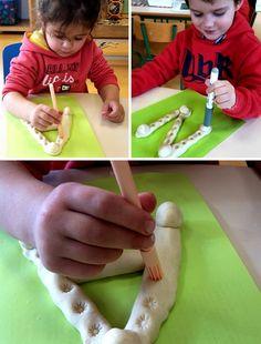 2016 Plus Plus Childcare Activities, Preschool Learning Activities, Alphabet Activities, Motor Activities, Educational Activities, Preschool Number Worksheets, Preschool Writing, Preschool Art, Sons Initiaux