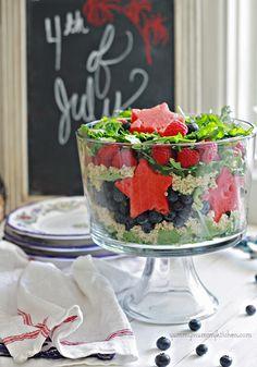 Healthy #Patriotic Salad #July4th