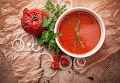 Five of the original tomato soups from around the world Roasted Cherry Tomatoes, Tomato Soup Recipes, How To Can Tomatoes, Tomato Sauce, Thai Red Curry, Pesto, Salsa, Stuffed Peppers, Vegetables