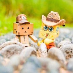 Amazon Box Robot: sponge bob ;)