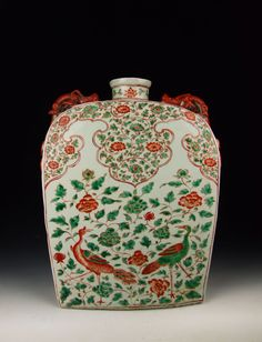 Ming Dynasty JiaJing Reign Red Coloring Flat Square Porcelain Vase with Peacock and Flower Pattern