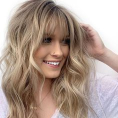 Brittany Wright on I Blonde Hair With Bangs, Blonde Ponytail, Blonde Wig, Blonde Fringe, Fringe Hairstyles, Hairstyles With Bangs, Cool Hairstyles, Casual Hairstyles, Professional Hairstyles