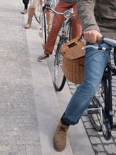 Cycle chic weekend...great clothes and bikes