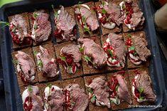Antricot de vita la cuptor - roast beef | Savori Urbane Roast Beef, Meat, Food, Essen, Meals, Yemek, Eten, Beef Chuck Roast