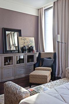 Интерьер квартиры в стиле фьюжн с раздвижными перегородками и панорамными окнами