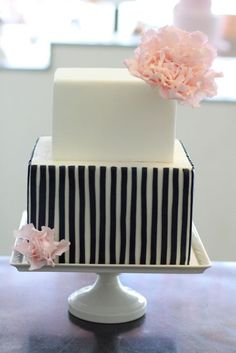 adorable navy pinstripe cake with pink peonies « made by Sweet & Saucy Shop