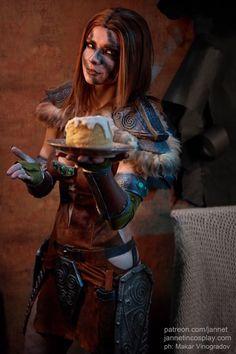 Character: Aela the Huntress / From: Bethesda Softworks 'The Elder Scrolls V: Skyrim' / Cosplayer: Zhanna (Jannet) Rudakova (aka Jannet Incosplay, aka PrincessRyofu) / Photo: Makar Vinogradov (2017)