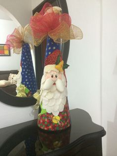 cono papà noel Beautiful Christmas, White Christmas, Merry Christmas, Xmas, Christmas Quotes, Christmas Crafts, Christmas Ornaments, Tree Decorations, Christmas Decorations