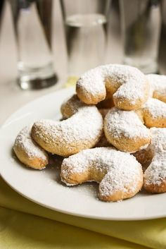 migdałowe rogaliki z kaszą manną Polish Desserts, Polish Recipes, Polish Food, No Bake Cookies, Sugar Cookies, First Communion Cakes, Pastry School, Bread Cake, Christmas Baking