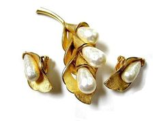 Vintage Faux Baroque Pearls Leaf Brooch Pin and by sobejeweled, $22.00
