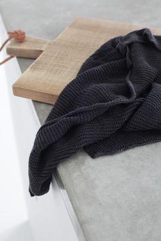 elisabeth heier | kitchen | white | minimalist | clean | contemporary | board | detail