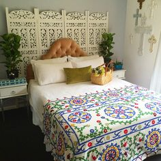 A gorgeous white cotton suzani #bedding #suzani #bohemian #home #interior