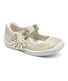 Thick soles with bumpers in the front and back provide traction and toe protection, while the flower-adorned hook and loop straps adjust the fit for custom comfort.Hook and loop closureTextile upperTextile liningMan-made soleImported