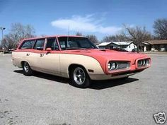 Mostly Mopar Muscle Dodge Wagon, Station Wagon Cars, Dodge Vehicles, Sports Wagon, Dodge Coronet, Look Retro, Shooting Brake, American Muscle Cars, Dodge Charger