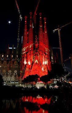 La Sagrada Familia illuminated in red to commemorate the World AIDS Day - December's 1st, 2011 / Barcelona, Spain.